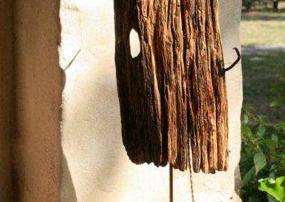 Kleinskultur aus altem Holz