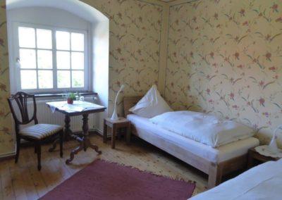 P1040114 Zimmer im Konvent